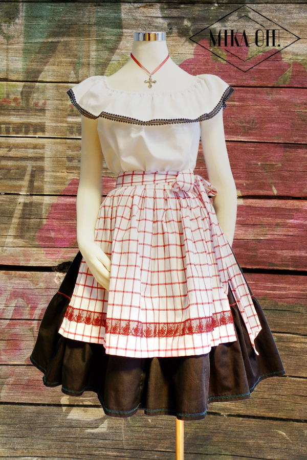 Dirndl Look web